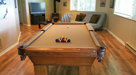 Buckhorn Lake - Buckhorn pool table